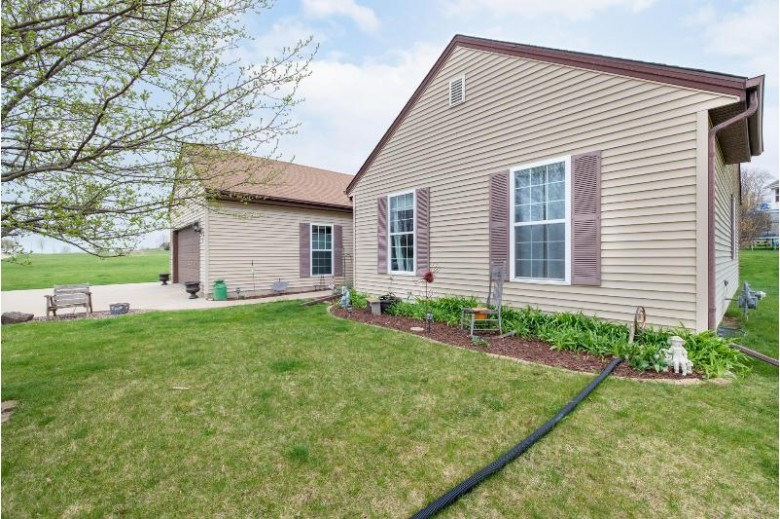 403 Valley Dr Theresa, WI 53091-9638 by Re/Max Heritage-Dodge County $264,900