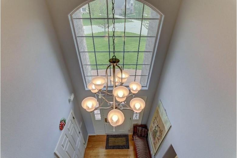 N55W21136 Logan Dr Menomonee Falls, WI 53051-5305 by First Weber Real Estate $699,900