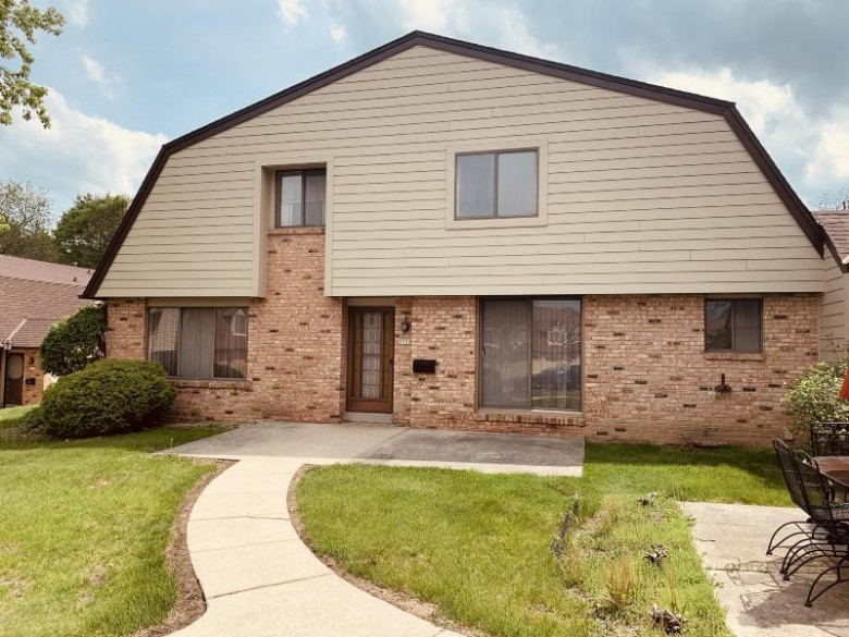 7239 W Wabash Ave, Milwaukee, WI by Homestead Realty, Inc~milw $90,000
