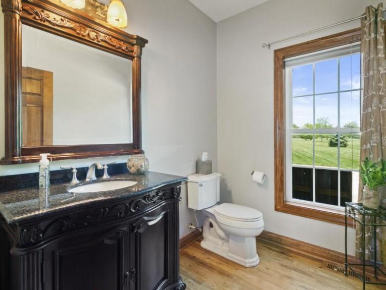 N33W33184 Maplewood Rd Nashotah, WI 53058-9569 by First Weber Real Estate $999,900