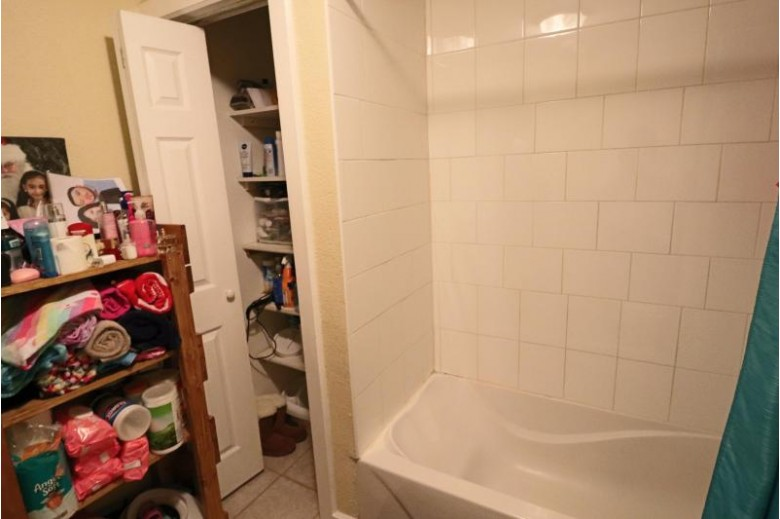 2221 S 17th St, Milwaukee, WI by Golden Oaks Realty $120,000