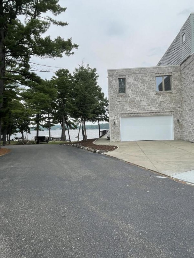 1041 Canyon Rd 1-4 Wisconsin Dells, WI 53965 by Anderson Commercial Group, Llc $249,000