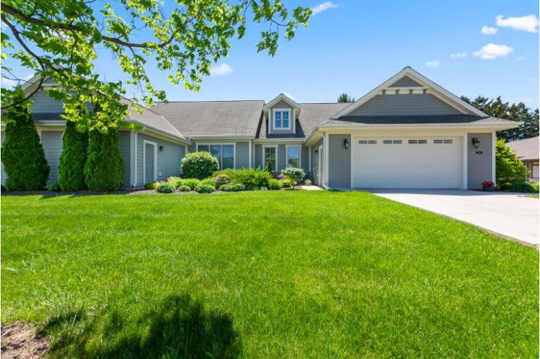 1411 W Winding Hollow Ln, Mequon, WI by Shorewest Realtors, Inc. $585,000