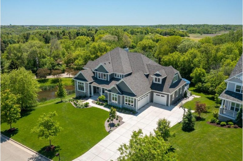 607 Stepping Stone Way, Pewaukee, WI by Realty Executives Integrity~brookfield $1,499,000