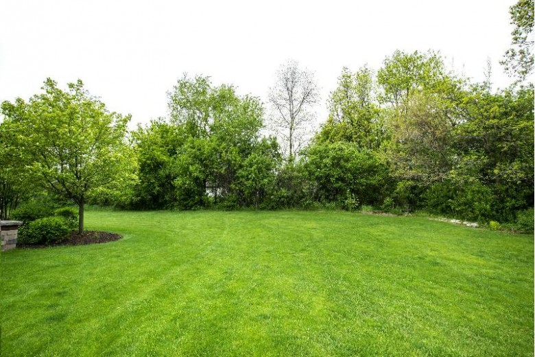 W245N7582 Stonefield Dr Sussex, WI 53089-2098 by First Weber Real Estate $795,000