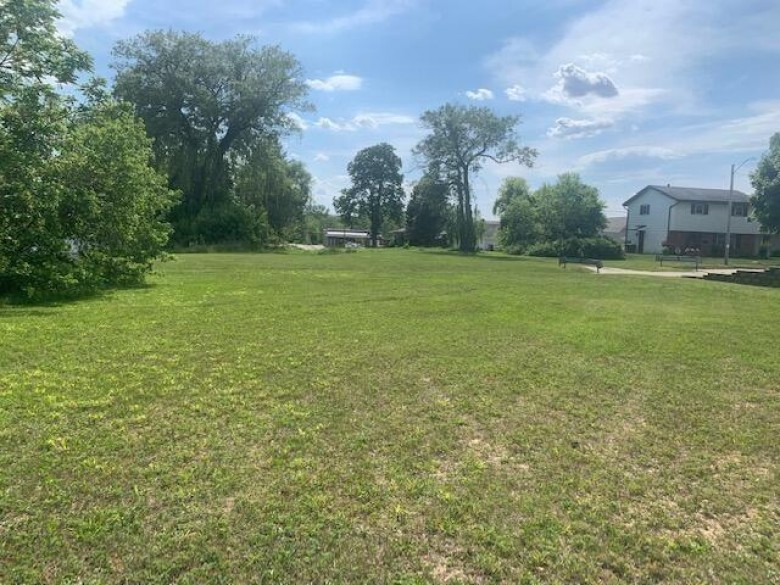 3814 S Kinnickinnic Ave, Saint Francis, WI by Shorewest Realtors, Inc. $260,000