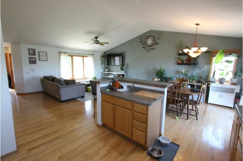 2644 Mica Rd Fitchburg, WI 53711-4926 by Coldwell Banker Homesale Realty - Franklin $434,000