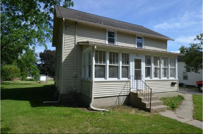 271 S Janesville St, Whitewater, WI by Tincher Realty $199,900
