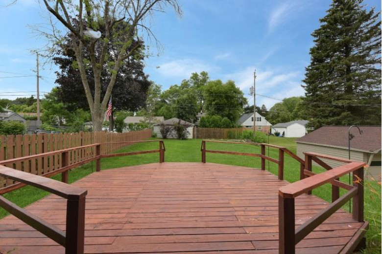 505 N 103rd St Wauwatosa, WI 53226-4315 by First Weber Real Estate $264,900