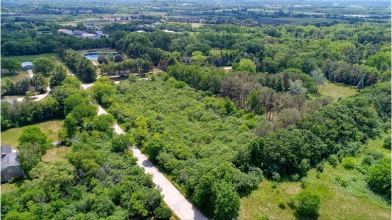 LT0 Snowdon Dr Waukesha, WI 53188 by Benefit Realty $210,000