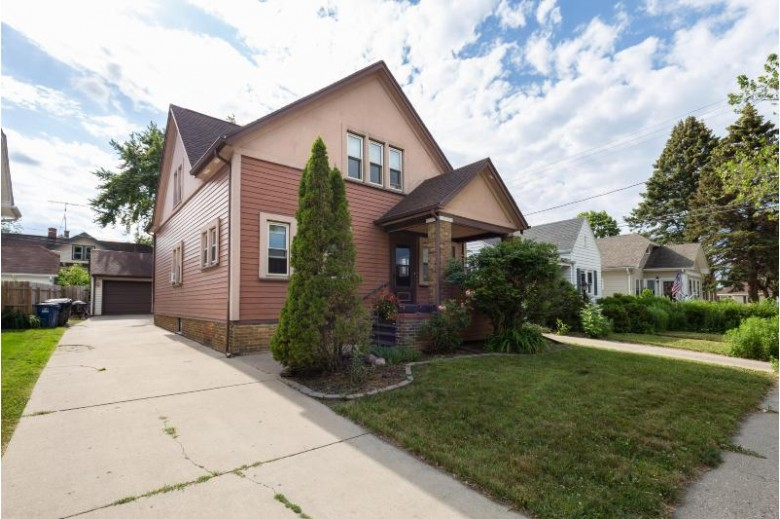 2906 Charles St, Racine, WI by First Weber Real Estate $179,900