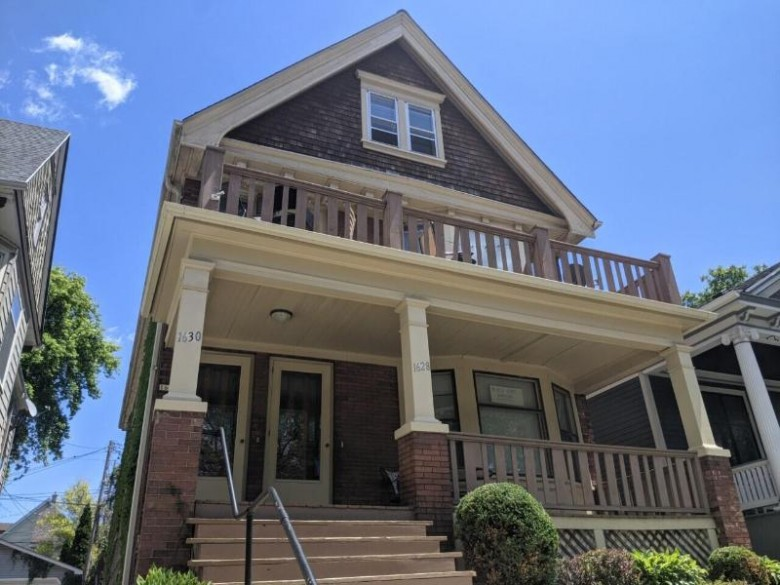 1628 N Astor St 1630 Milwaukee, WI 53202 by Homeowners Concept $359,900