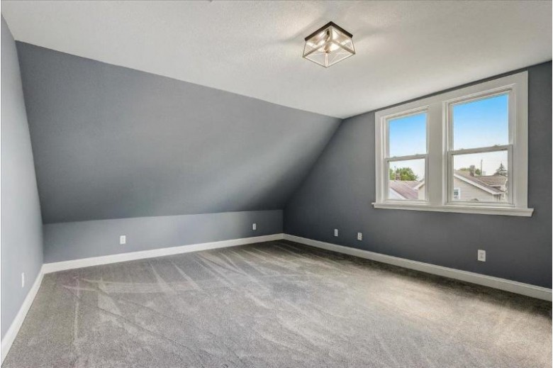 1308 S 74th St West Allis, WI 53214-3011 by Exp Realty, Llc~milw $260,000