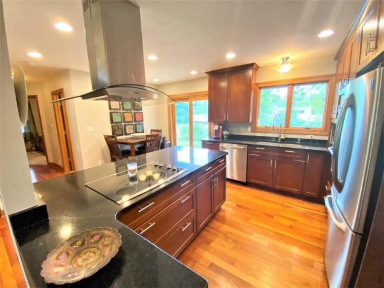1180 S Bobolink Dr Brookfield, WI 53005-7178 by First Weber Real Estate $350,000