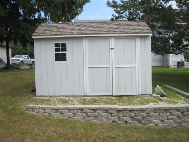 1414 Blue Heron Dr, Two Rivers, WI by Coldwell Banker Real Estate Group~manitowoc $242,000