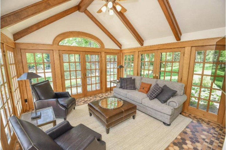 7141 State Road 83 Hartland, WI 53029 by Stapleton Realty $5,499,000