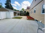 3400 S Chase Ave Milwaukee, WI 53207-3348 by Steel Horse Realtor Llc $299,900