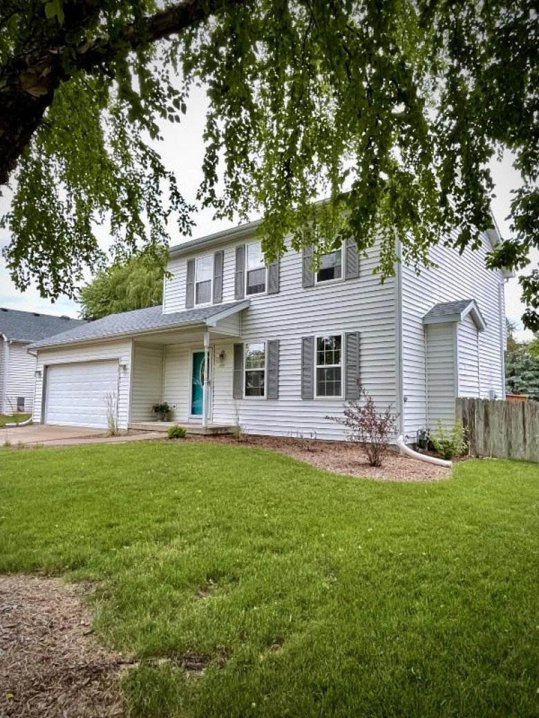 1401 Bultman Rd Madison, WI 53704-8509 by Realty Executives - Integrity $309,900