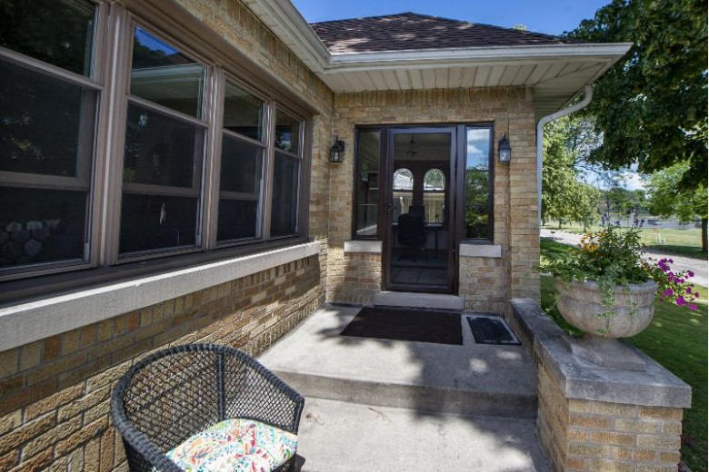 4315 N 99th St Wauwatosa, WI 53222-1403 by First Weber Real Estate $279,900