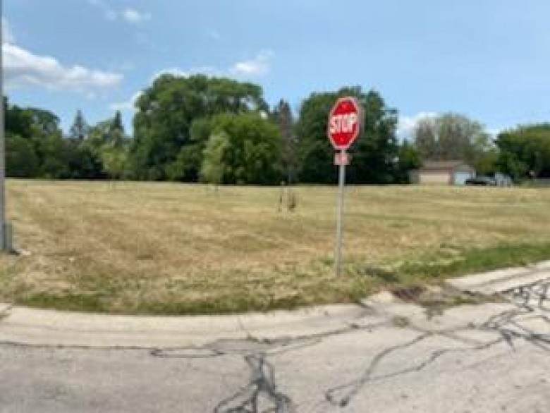 6555 N 106th St Milwaukee, WI 53224 by First Weber Real Estate $20,500
