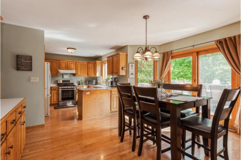 721 Charolais Dr Slinger, WI 53086-9312 by Coldwell Banker Realty $489,900