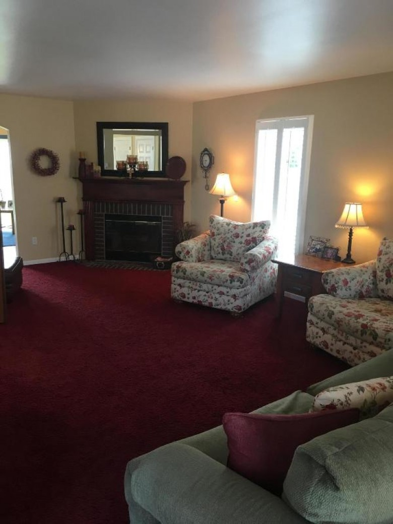 3817 W Valley View Dr, Franklin, WI by First Weber Real Estate $410,000