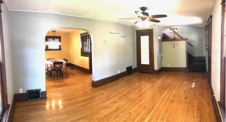 324 Lincoln St Fort Atkinson, WI 53538 by Re/Max Preferred~ft. Atkinson $169,900