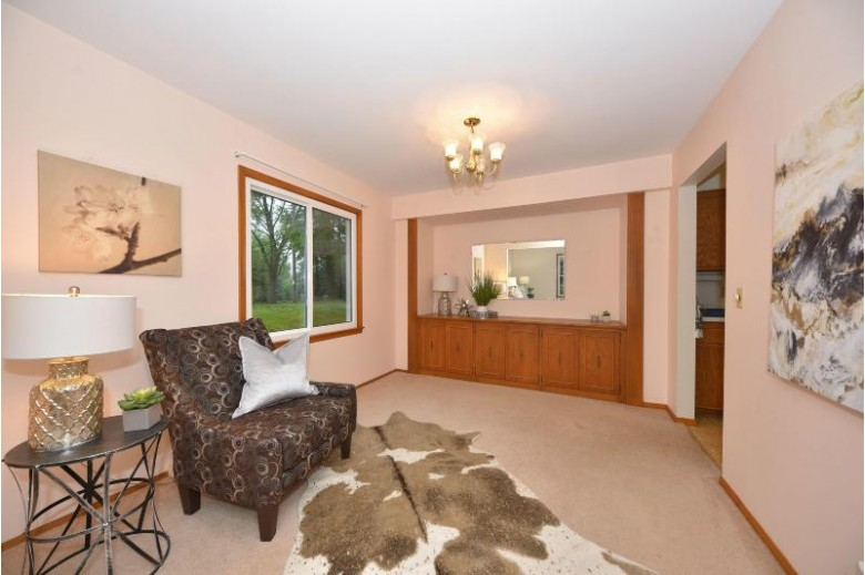 422 Woodhaven Dr, Cedarburg, WI by First Weber Real Estate $339,900