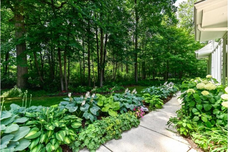 3311 W Ranch Rd, Mequon, WI by Shorewest Realtors, Inc. $624,900
