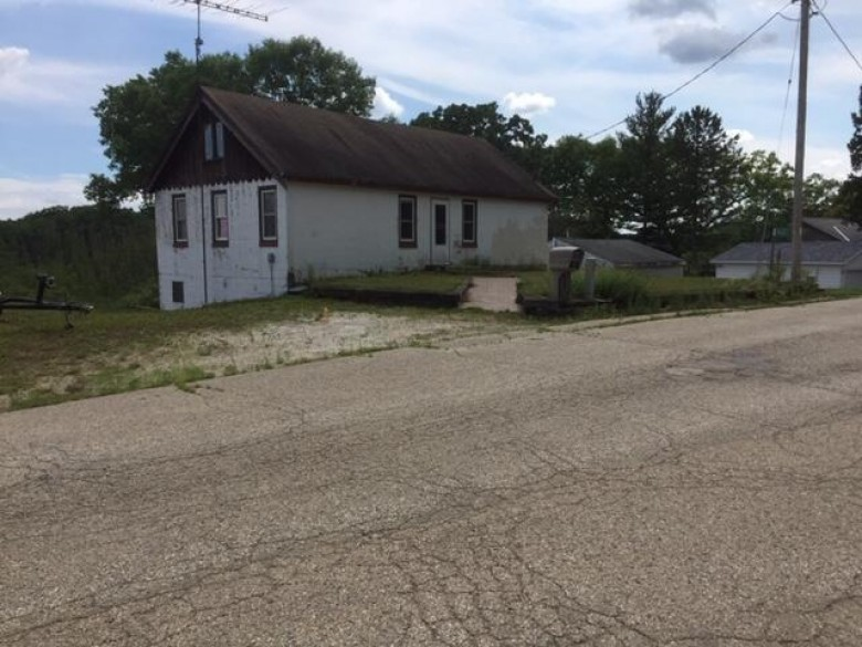 W2425 New Deal Ave, East Troy, WI by Buyers Vantage $430,000