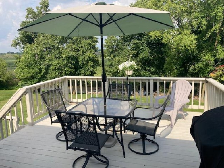 1265 Riverbend Dr, Hartford, WI by Worth Realty $330,000