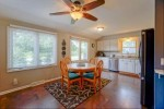 907 Manchester Ct Hartland, WI 53029-2705 by Lake Country Flat Fee $319,900