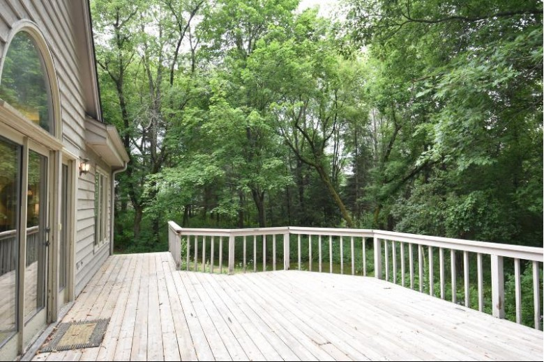 W316S575 Christopher Way, Delafield, WI by First Weber Real Estate $419,900