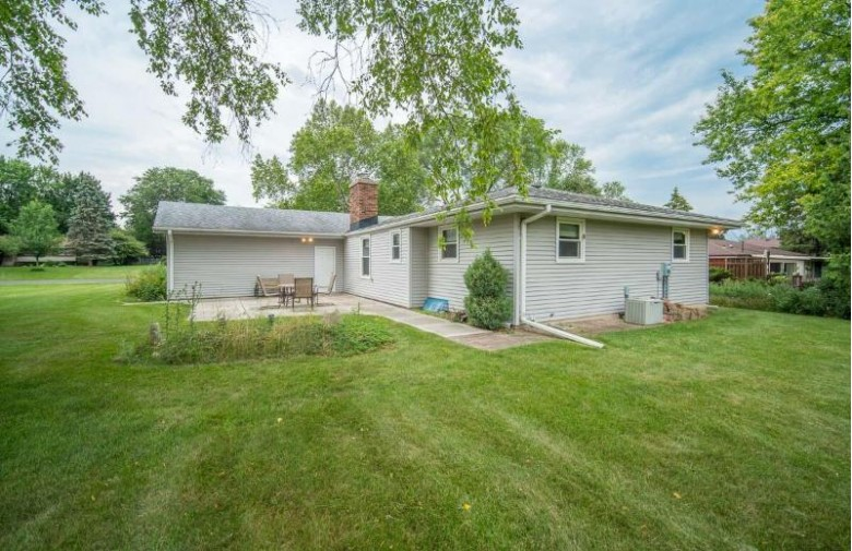 N98W16576 Concord Rd Germantown, WI 53022-4909 by Exsell Real Estate Experts Llc $295,000