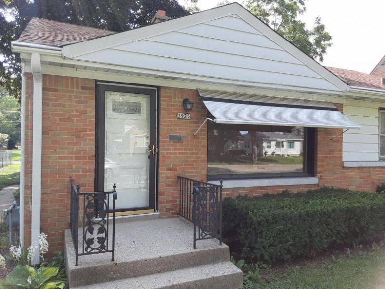 3925 N 79th St Milwaukee, WI 53222-2915 by First Weber Real Estate $154,900