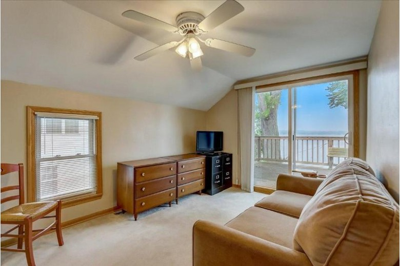 N38W27119 Parkside Rd Pewaukee, WI 53072-2344 by First Weber Real Estate $845,900