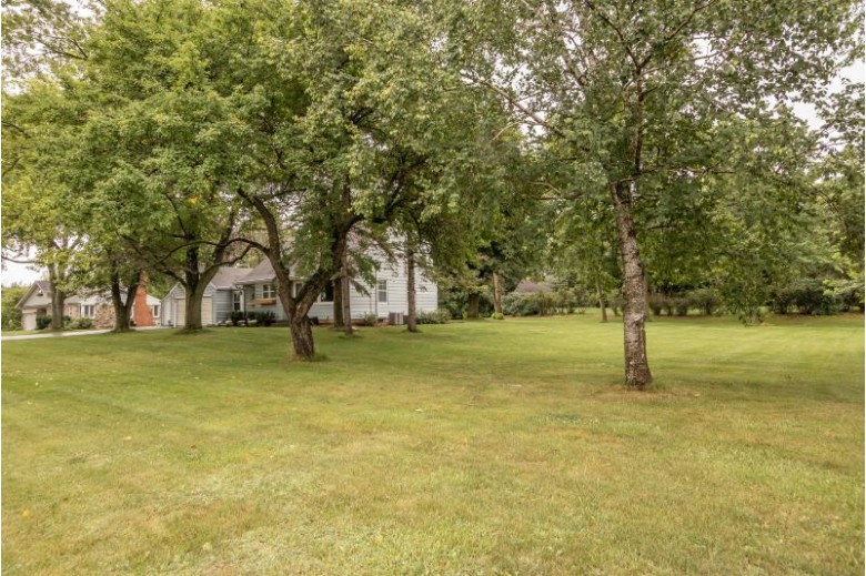 17165 Ridgeview Dr Brookfield, WI 53005-1379 by First Weber Real Estate $309,900