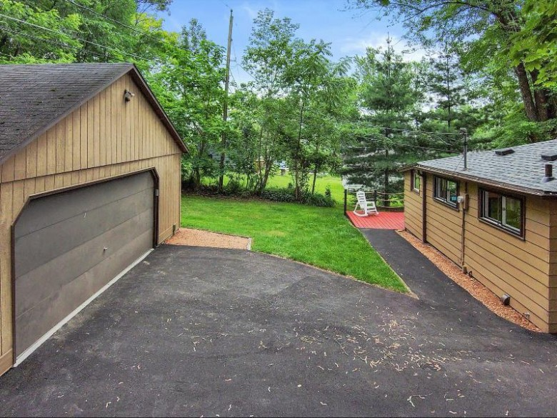W298N2808 Shady Ln Pewaukee, WI 53072-4211 by First Weber Real Estate $439,900