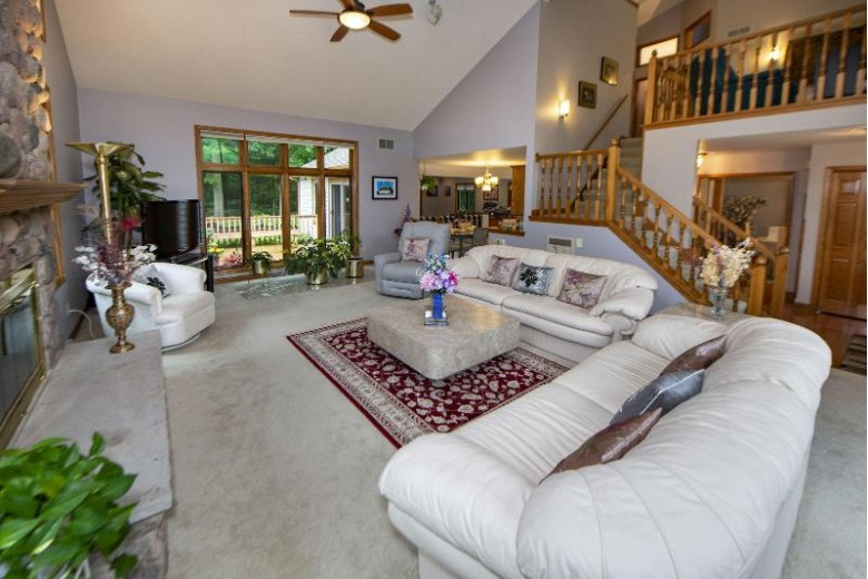 19275 Baythorn Way, Brookfield, WI by First Weber Real Estate $659,000