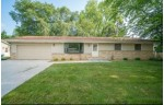 246 Green Valley Pl, West Bend, WI by Boss Realty, Llc $324,900
