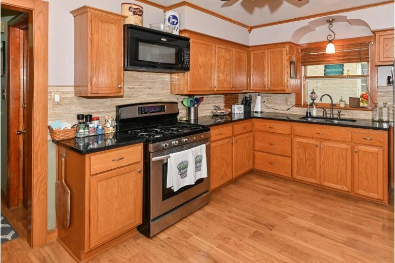 3125 S 46th St Greenfield, WI 53219-4608 by Re/Max Realty 100 $249,900