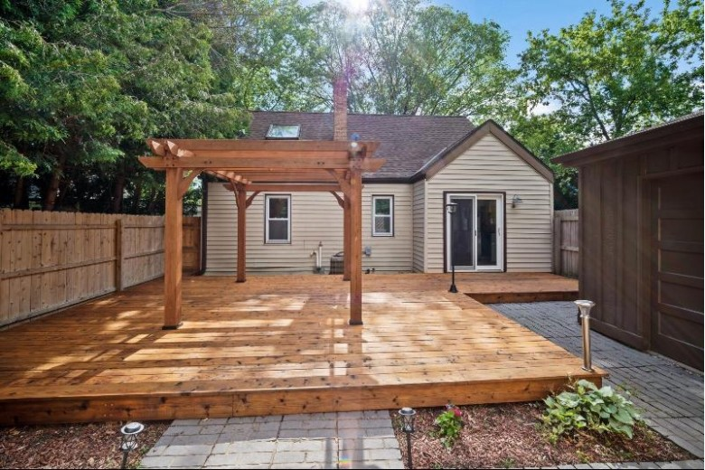 W191S6435 Hillendale Dr, Muskego, WI by Coldwell Banker Realty $259,000