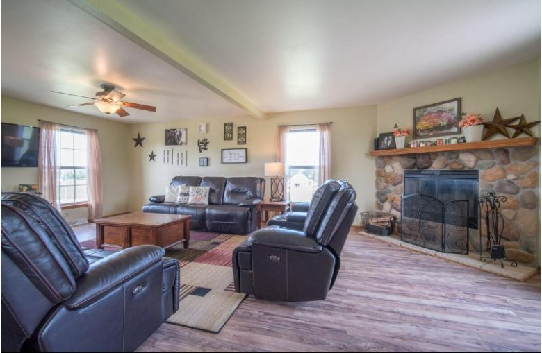 106 Chestnut Ct, Theresa, WI by Exsell Real Estate Experts Llc $350,000