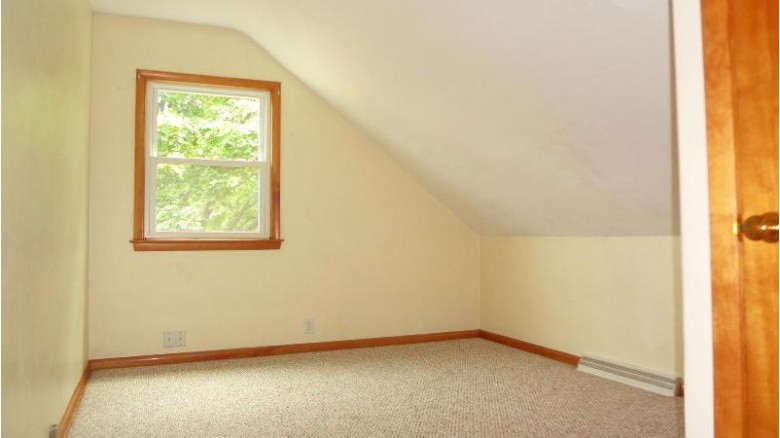 3675 S 88th St 3675A Milwaukee, WI 53228-1531 by Buyers Vantage $239,900