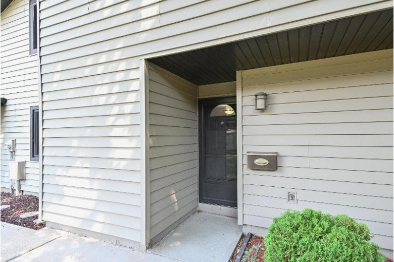 9027 N 70th St, Milwaukee, WI by Real Broker Llc $139,900