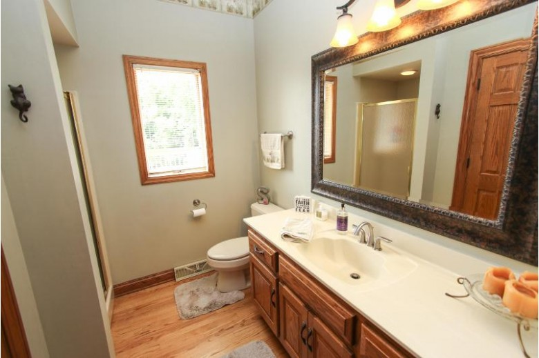 N33W23215 Greenbriar Rd Pewaukee, WI 53072-5760 by Coldwell Banker Homesale Realty - Wauwatosa $724,900