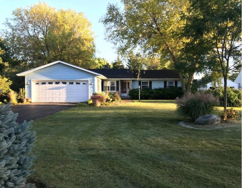1115 N Fourth St, Watertown, WI by Shorewest Realtors, Inc. $259,900