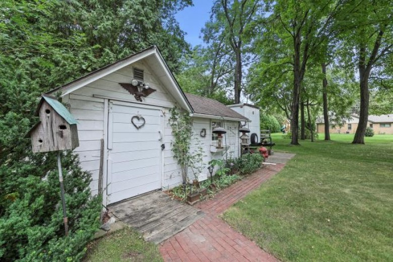9904 W Green Tree Rd Milwaukee, WI 53224-4534 by First Weber Real Estate $299,000