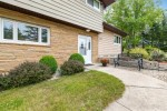 103 S Oakridge Dr North Prairie, WI 53153-5315 by Realty Executives - Integrity $335,000