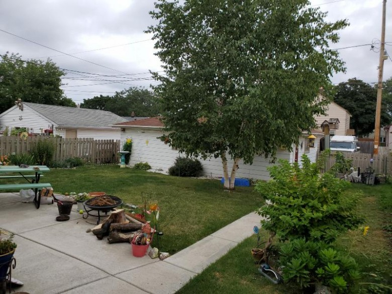 3162 S 24th St Milwaukee, WI 53215-4413 by First Weber Real Estate $200,000